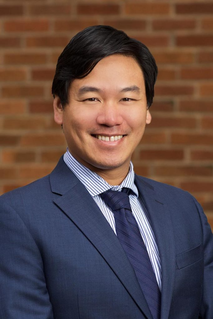 Henry Chow Md